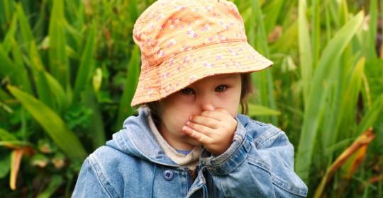 Copilului îi miroase gura? Uite de ce: